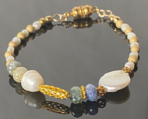 sapphire-pearl