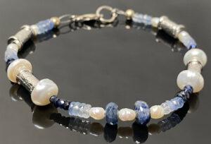 white-blue-sapphire